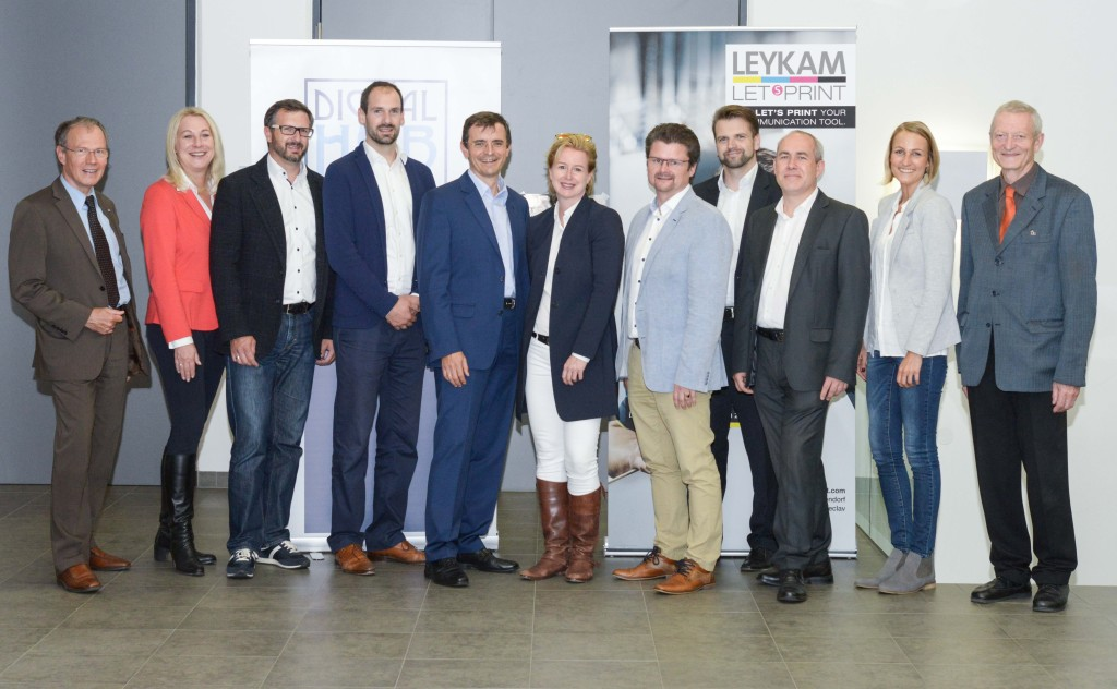 Gruppenfoto - LEYKAM / Digital Hub Vienna Event No 2, Softwarepark Hagenberg, 14.9.2017. Copyright: Digital Hub Vienna/Tsitsos